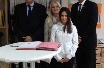 Kooperationsvertrag mit der Handwerkskammer Frankfurt-Rhein-Main